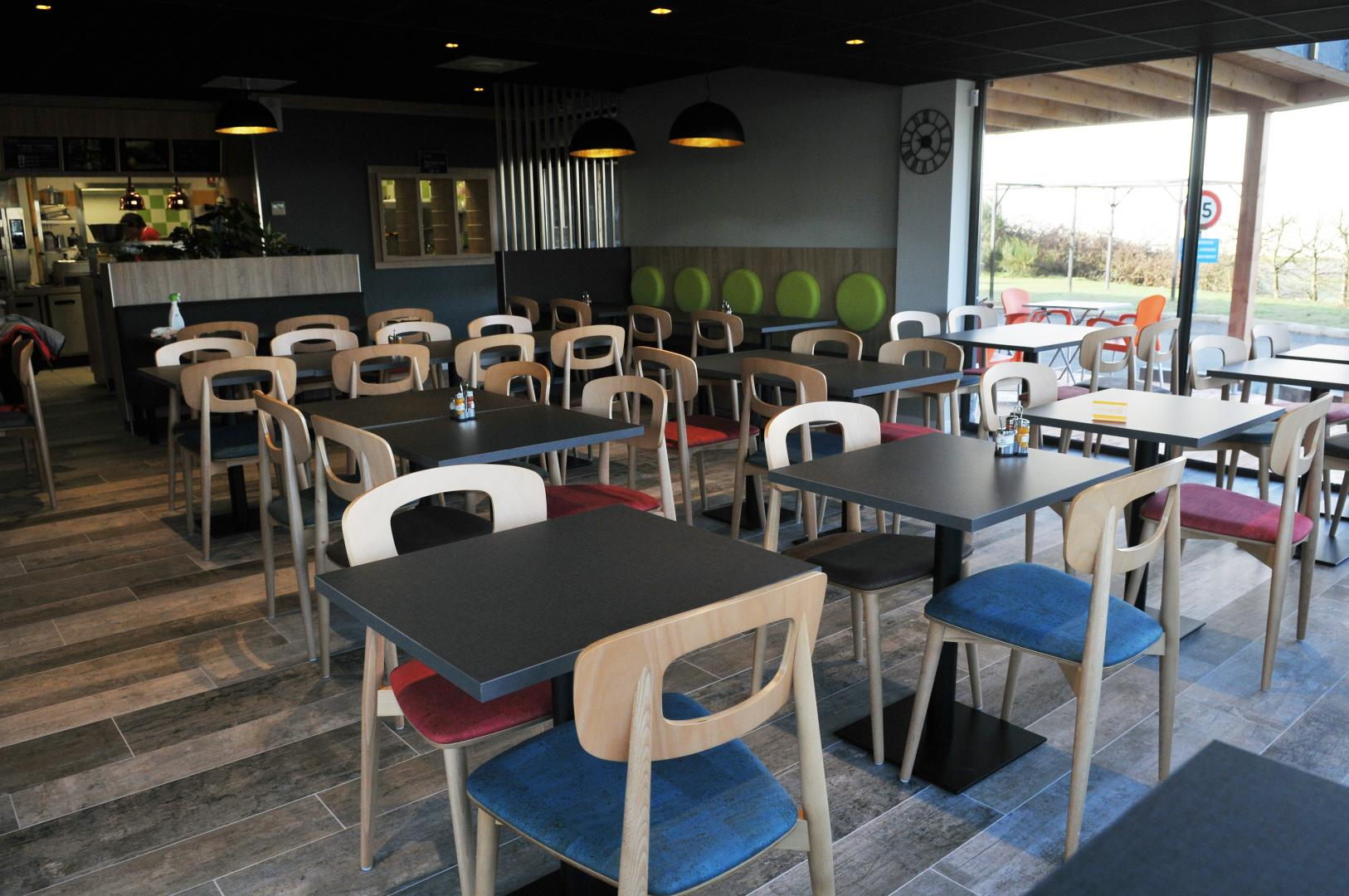 kinoa bio golfe restaurant restaurant bio ploeren. Black Bedroom Furniture Sets. Home Design Ideas