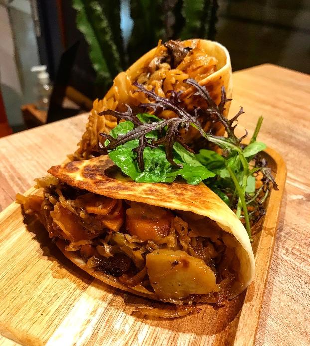 Tacos de légumes rôtis sauce BBQ