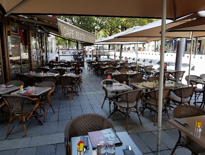 table chaise restaurant Labonapp terrasse