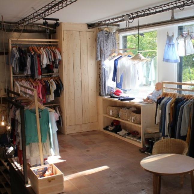 Magasin Partage Vannes Fripperie second hand shop, LaBonApp, circulairte et solidaire