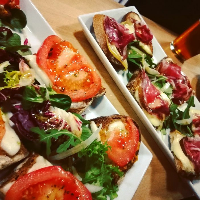 tartines fromage charcuterie chaud tapas