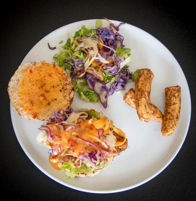 le burger poulet creperie l'ilot galette Vannes restaurant Labonapp